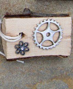 gears with gem daisy