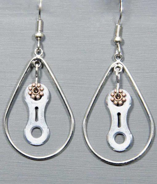 EHL--01--Hoop-Loops-earring