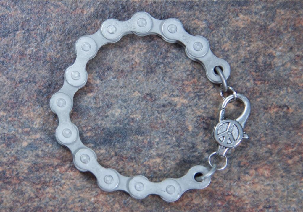 Matte-finish-steel-bike-chain-bracelet-2