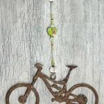 Lg-Mnt-Bike-Green-Marbled-Glass-Heart