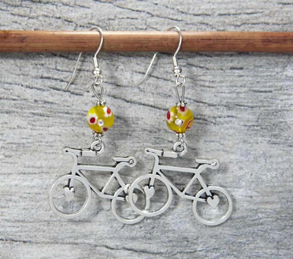 ebls-08-daisy-yellow